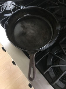 cast-iron-pan-clean